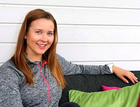 Kia-Emilia Hakala voitti naisten syöksylaskun Suomen mestaruuden neljännen kerran peräkkäin.