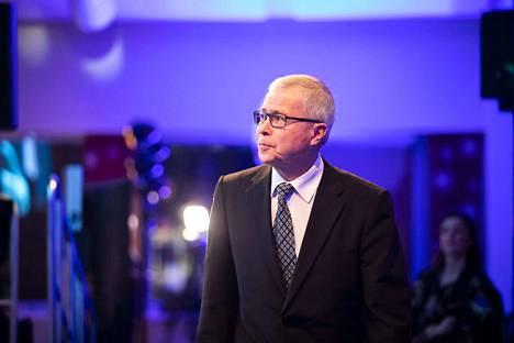 Koululiikuntaliiton alueliikuntavastaava Timo Stenfors oli vastaanottamassa urheilugaalan erikoispalkintoa.