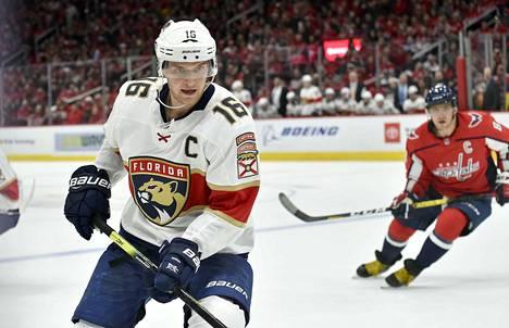 Aleksander Barkov on noussut NHL:n huippupelaajien joukkoon, mutta pudotuspeleistä kokemusta on vasta vähän.