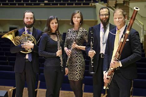 Konsertissa soittavat Pyry Kannisto (vas.), Laura Lammi, Lucia Hellerhof, Mika Kojo ja Antti Pakkanen.