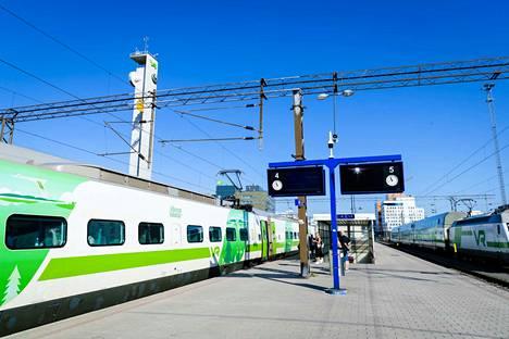 Nokian kaupunki lähtee osakkaaksi Tampereen ja Helsingin  välisen raideyhteyden suunnittelua toteuttavaan Suomi-Rata Oy -hankeyhtiöön. Kuvituskuva.