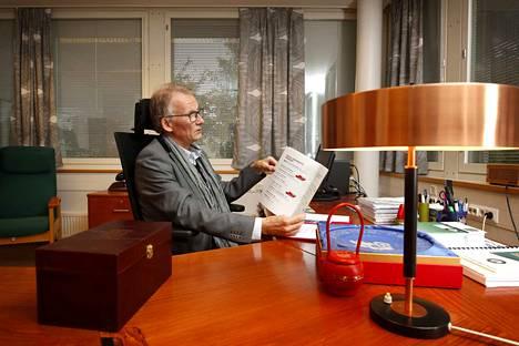 Ulvilassa ollaan valitsemassa seuraajaa nykyiselle kaupunginjohtajalle, Jukka Moilaselle.