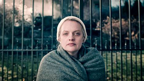 Sarjan päähenkilö June Osborne (Elisabeth Moss) kamppailee kohti vapautta orjattaren asemasta Gileadin valvovassa yhteiskunnassa.