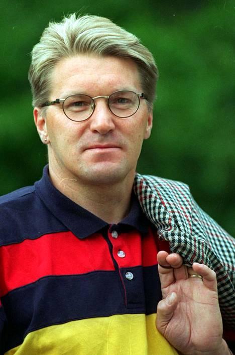 Jorma Huovinen aloitti Aamulehdessä vuonna 1984. Kuvanottohetkellä hänellä on jo 12 vuotta takana.
