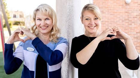 Kouluterveydenhoitaja Mirja Isoviita toimii Noormarkussa ja koulukuraattori Hanna Hilden Porissa. Kummallakin on hyviä kokemuksia uudenlaisen ohjausmallin käytöstä nuorten masennuksen hoidossa.
