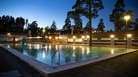 Porin maauimalassa pääsee uimaan talvikaudella kolmena päivänä viikossa. Kuva viime lokakuulta.