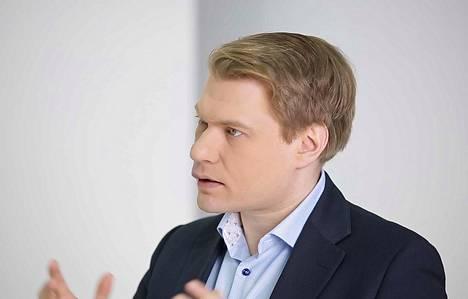 Yliopistotutkija Timo Miettinen sanoo, että usea asia kiristää nyt maailmanpoliittista tilannetta. Edellisten eurovaalien aikaan tilanne oli toinen.