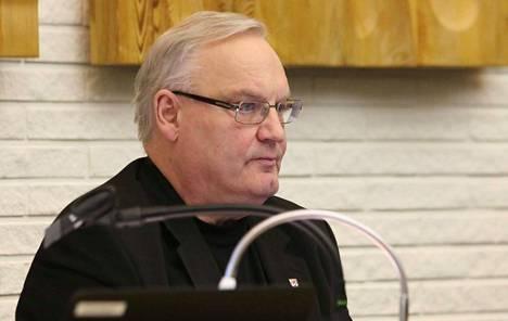 Markku Puro muistelee Keuruuta torstaina valtuustosalissa kaikille avoimessa tilaisuudessa.
