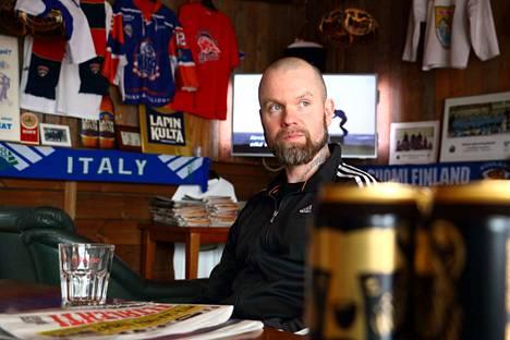 Jussi Kallio ei juo alkoholia, pilsneriä eikä simaa. Hän ei myöskään syö liköörikonvehteja tai mitään ruokaa, jonka laitossa on käytetty alkoholia. Se on periaate, josta mies ei lipsu.