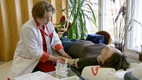 SPR:n Veripalvelun verenluovutus, Mäntän Sarapihassa.