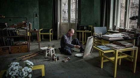 Ohjaajamestari Andzrej Wajdan viimeinen elokuva on draama modernistitaiteilija Wladyslaw Strzeminskista.