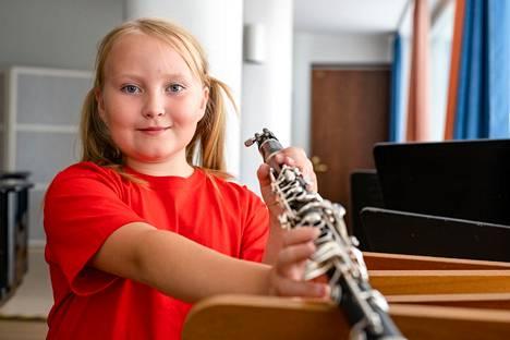 Musiikkiopisto innostaa soittamaan ja tutustuttaa eri instrumentteihin ja tyylilajeihin.