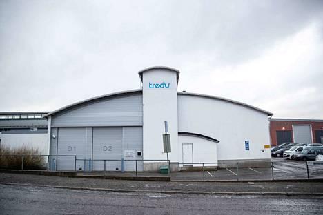 Uhkaus tapahtui Tampereen Nekalassa Tredun Ajokinkujan yksikössä.