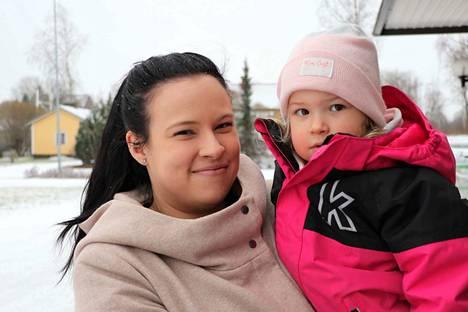 Jenni ja Vilja Linnainmaa, Kokemäki