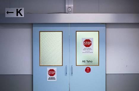 Pirkanmaan koronavirustilanne on huonontunut merkittävästi. Tampereen yliopistollinen sairaala avasi koronavirusteho-osaston marraskuun lopulla.