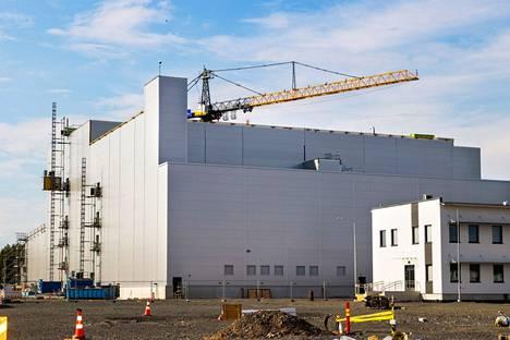 BASF:n akkumateriaalitehdasta rakennetaan Harjavallan Torttilaan. Arkistokuva on heinäkuulta 2021.