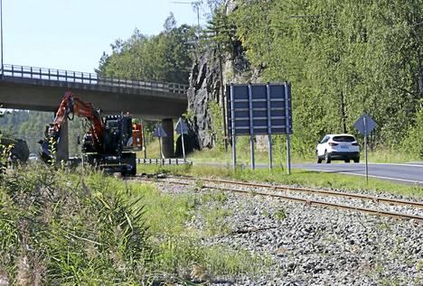 Viheriäisiin johtavan rautatien remontti on edennyt viimeistelyvaiheeseen.