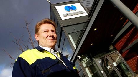 """""""Suurin syy, miksi lähes kaksinkertaistamme tuotantomme on se, että näköpiirissä on Suomen akkumateriaaliteollisuuden voimakas kasvu"""", Joni Hautojärvi kertoo."""