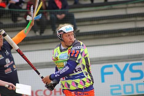 Miikka Riikonen oli hyvässä iskussa Seinäjokea vastaan. Hän löi neljä juoksua.
