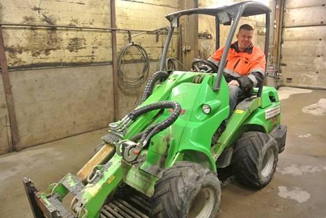 Jussi Haavisto on valmis aloittamaan radan aurauksen talkoilla, jos lupa tulee talven aikana.