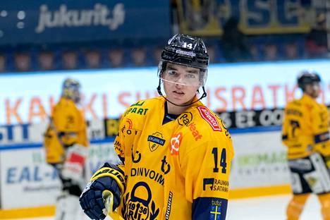 Ville Heinola on saalistanut alkukaudella neljä syöttöpistettä Lukon paidassa.