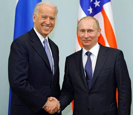 Biden ja Putin kuvattiin tammikuussa 2011 Valkoisessa talossa Yhdysvalloissa.