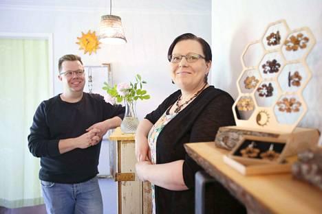 Puodin lisäksi Antti ja Hely Pallarilla on Voipaalan Pakari-rakennuksessa pieni työhuone.