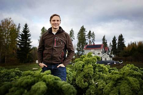Ahlmanin projektipäällikkö Antti Luomala on perustanut Sastamalassa sijaitsevan kotinsa pihapiiriin puutarhan. Hän kertoo, että tarkoituksena on kokeilla kuinka hän pystyisi tuottamaan kasviksia ja vihanneksia älykkäästi. Luomala on yksi Pirkanmaan Ruokafoorumin taustajoukkoihin kuuluvista.