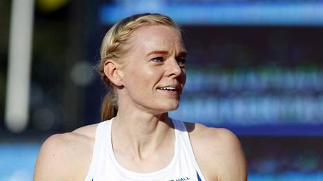 Pikajuoksija Hanna-Maari Päkk voitti urallaan ulkoradoilta 11 SM-kultaa, kaksi hopeaa ja kaksi pronssia.