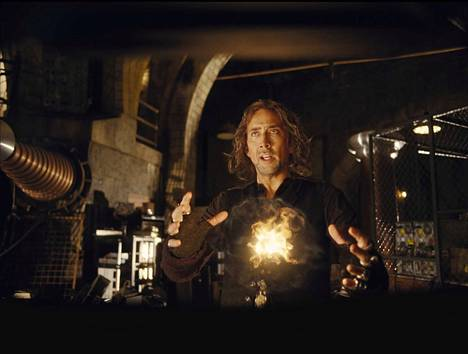 Nicolas Cage on New Yorkissa pikkupuotia pyörittävä velho, joka etsii sopivaa jatkajaa.