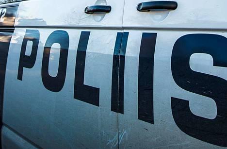 Poliisin mukaan osa Suomen kansa ensin -puolueen vaalimainoksista on tähdännyt maahanmuuttajien ja seksuaalivähemmistöjen syrjintään.