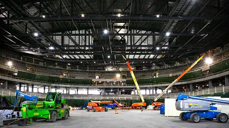 Uros-areenan on määrä avautua joulukuussa 2021. Tapahtumatyöntekijöiden rekrytointi uudelle areenalle alkaa pian. Lokakuussa 2020 areenaa esiteltiin yleisölle.