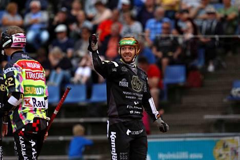 Vuoden pesäpalloilija Juha Puhtimäki johdatti Joensuun Mailan toiseen peräkkäiseen Suomen mestaruuteen.
