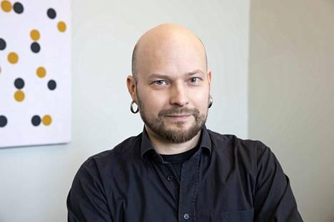 Suomen taideakatemian kuvataidepalkinnon voittaja Aaron Heino on kotoisin Porista.