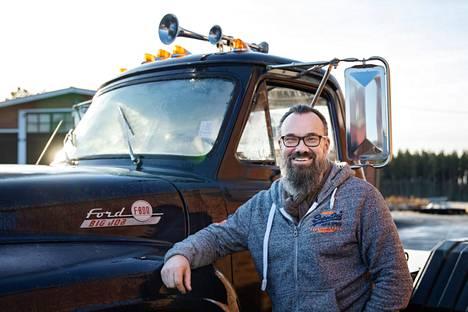 Yrittäjä Harri Höglund valittiin Nahkiaisparoniksi vuonna 2019. Hän on historian ensimmäinen Nahkiaisparoni, joka on saanut pitää tittelinsä kaksi vuotta.