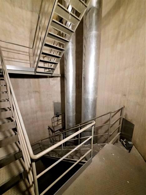 Kaikki vesiputket ovat tornin seinien sisällä.