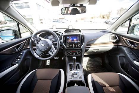 Koeajoautossa on keskimmäinen varustelutaso Ridge, joka sisältää muiden muassa kaukovaloautomatiikan, avaimettoman lukituksen ja painikekäynnistyksen. Summit-tason valitsemalla voi mukavuuksia kasvattaa sähkökäyttöiseen lasikattoluukkuun ja nahkaistuimiin.