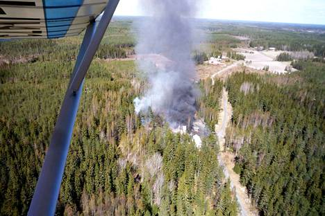 Tulipalo syttyi Harhiontien varrella sijaitsevassa kiinteistössä. Tie johtaa Kyttälän asemanseudulta Kauvatsankylään.
