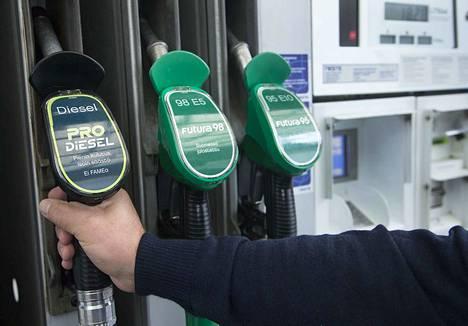 Polttoaineiden hinnat nousevat elokuussa 2020 veromuutosten vuoksi.