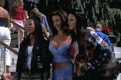 Regina Hall, Shannon Elizabeth ja Anna Faris parodioivat suosittuja kauhuelokuvia Scary Movie -elokuvasarjan ensimmäisessä osassa