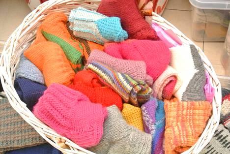 Näin kauniita sukkia talkoissa tehtiin.