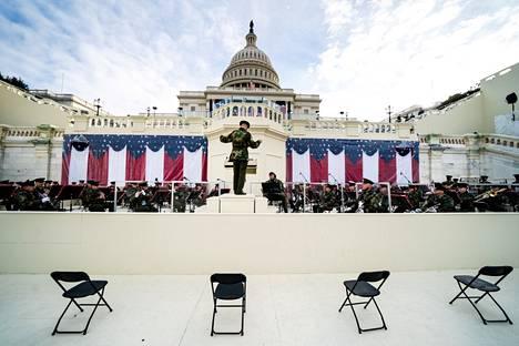 Joe Bidenin virkaanastujaisissa soittava orkesteri harjoitteli maanantaina kongressitalolla Washingtonissa Yhdysvalloissa.