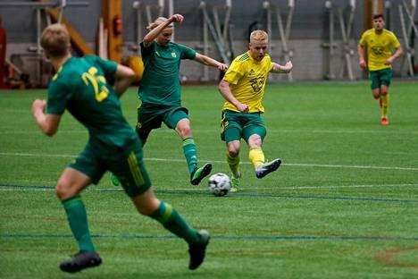 Vihreissä pelannut Ilves/2 mitteli tammikuussa seuran liigajoukkuetta vastaan.