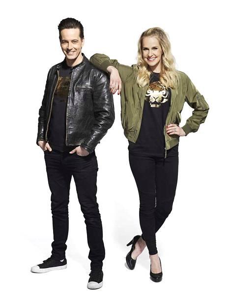 Ile Uusivuori ja Joanna Kuvaja juontavat Fort Boyard Suomen. Keskellä merta olevassa linnakkeessa kilpailee joukko eri alojen suomalaisjulkkiksi