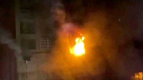 Taiwanissa 46 ihmistä on kuollut ja ainakin 41 loukkaantunut kerrostalon tulipalossa.