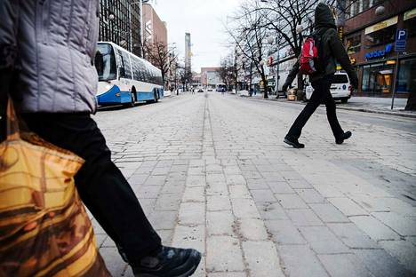 Kaupunkien kehitys arvioidaan muita alueita myönteisemmäksi.