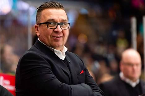 Ari-Pekka Selinin hyvä työ on huomattu Jääkiekkoliitossa.