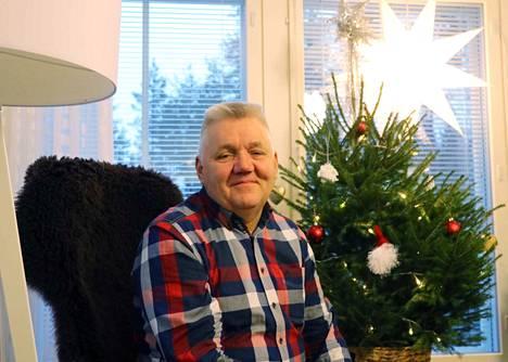On melkoinen ihme, että Kauko Turunen pystyy kuntoilemaan kotonaan Parkanossa, niin monta elämä on ollut hiuskarvan varassa.