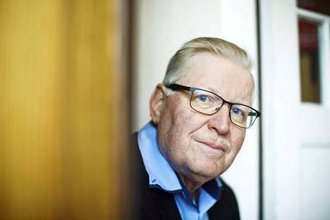 Heikki Paloheimo arvioi, että vasemmistopuolueiden yhdistyminen johtaisi keskittymiseen myös porvaripuolella. Paloheimo pitää yhdistymisiä kuitenkin epätodennäköisinä.