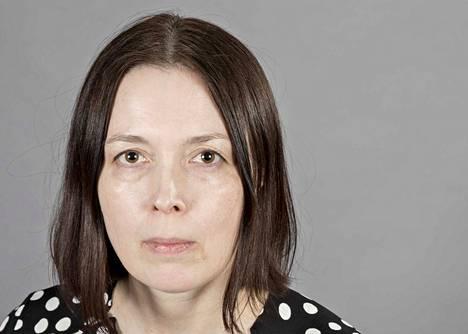 Toimittaja Anna Kilponen, kolumnikuva.Verkkoon.